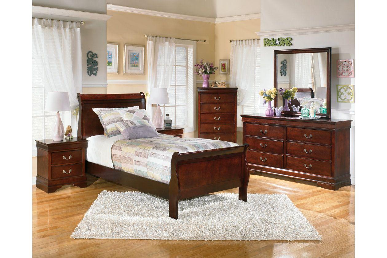 Alisdair Nightstand Ashley Furniture Homestore Bedroom Furniture Sets Bedroom Set Ashley Furniture Bedroom