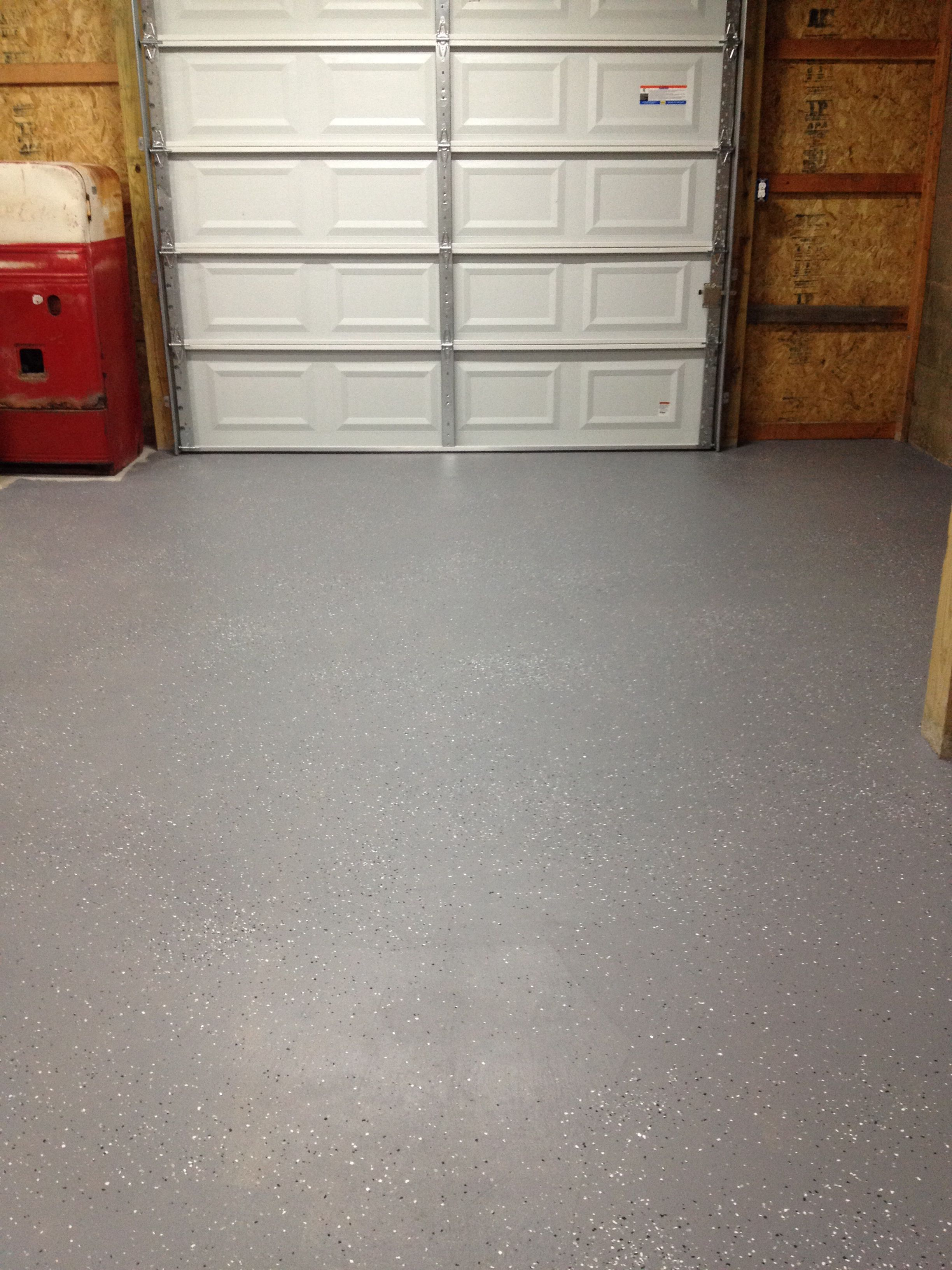 Behr 1 Part Epoxy Garage Floor Paint With Metallic Flakes From The Home Depot 31 Gallon Plus Flake Garage Floor Paint Garage Floor Epoxy Garage Floor Coatings