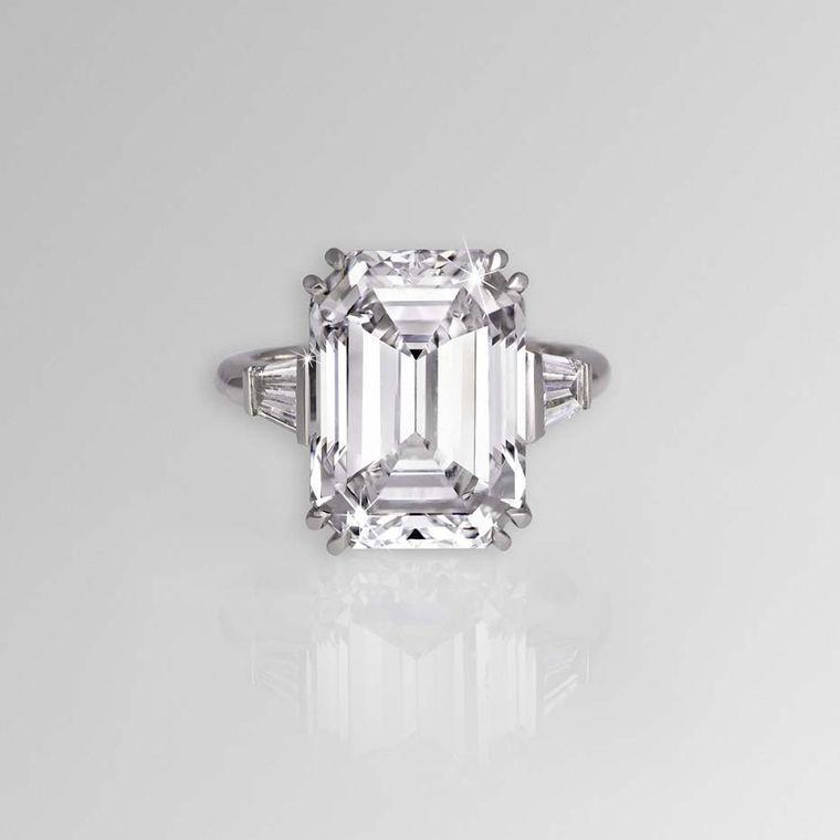 David Morris 11.04ct emerald-cut diamond ring with tapered baguette  shoulders, set in