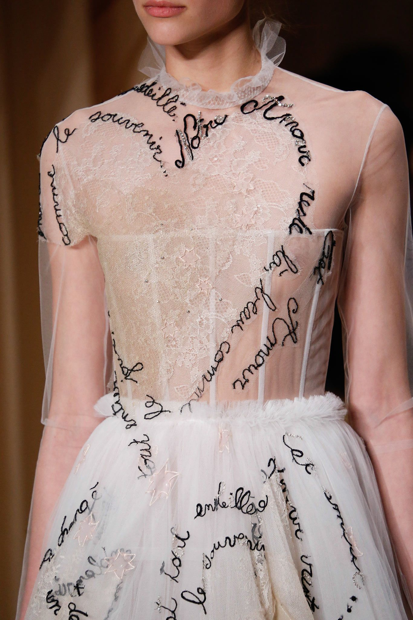 City print candle couture details spring 2015 and valentino for Haute couture details