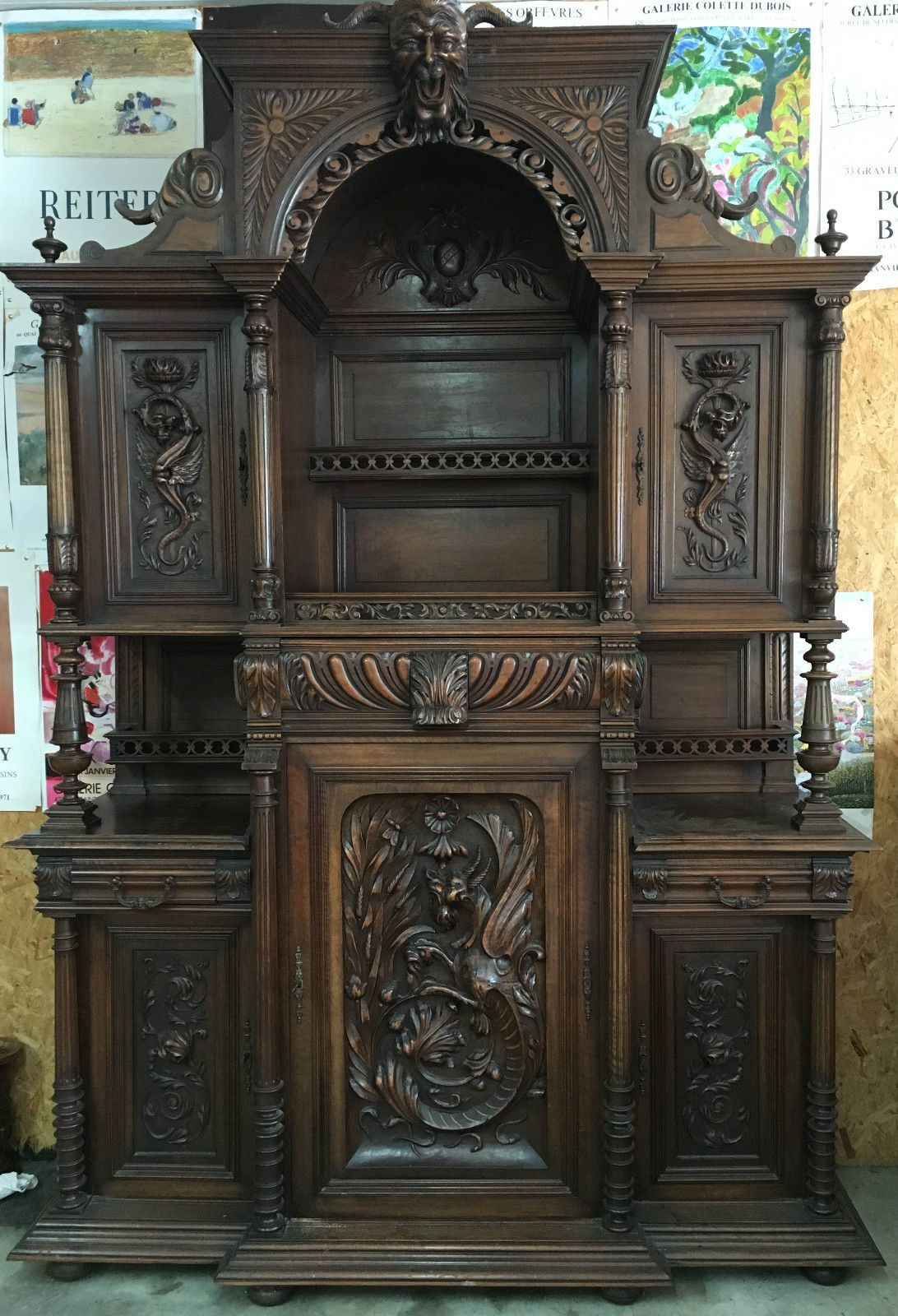 grand buffet en noyer henri ii 2 decor diable demon esoterique dragon chimere eur. Black Bedroom Furniture Sets. Home Design Ideas