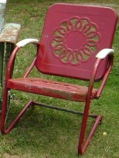 Genial Vintage Metal Chairs And Retro Patio Tables   Vintage Gliders