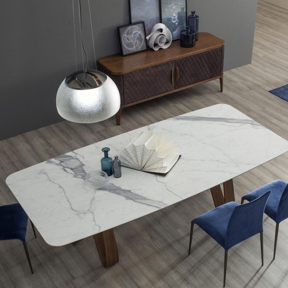Butterfly Table Marble Top 78 Inch In 2021 Modern Marble Dining Tables Dining Table Marble Glass Dinning Table [ 934 x 934 Pixel ]