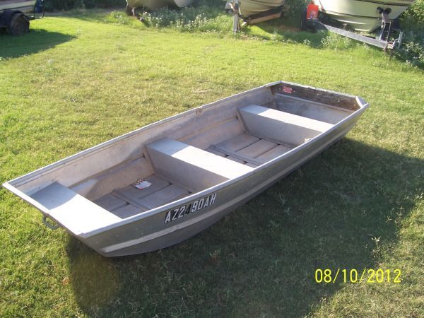 10 ft flat bottom aluminum boat good shape as is for Small aluminum fishing boats