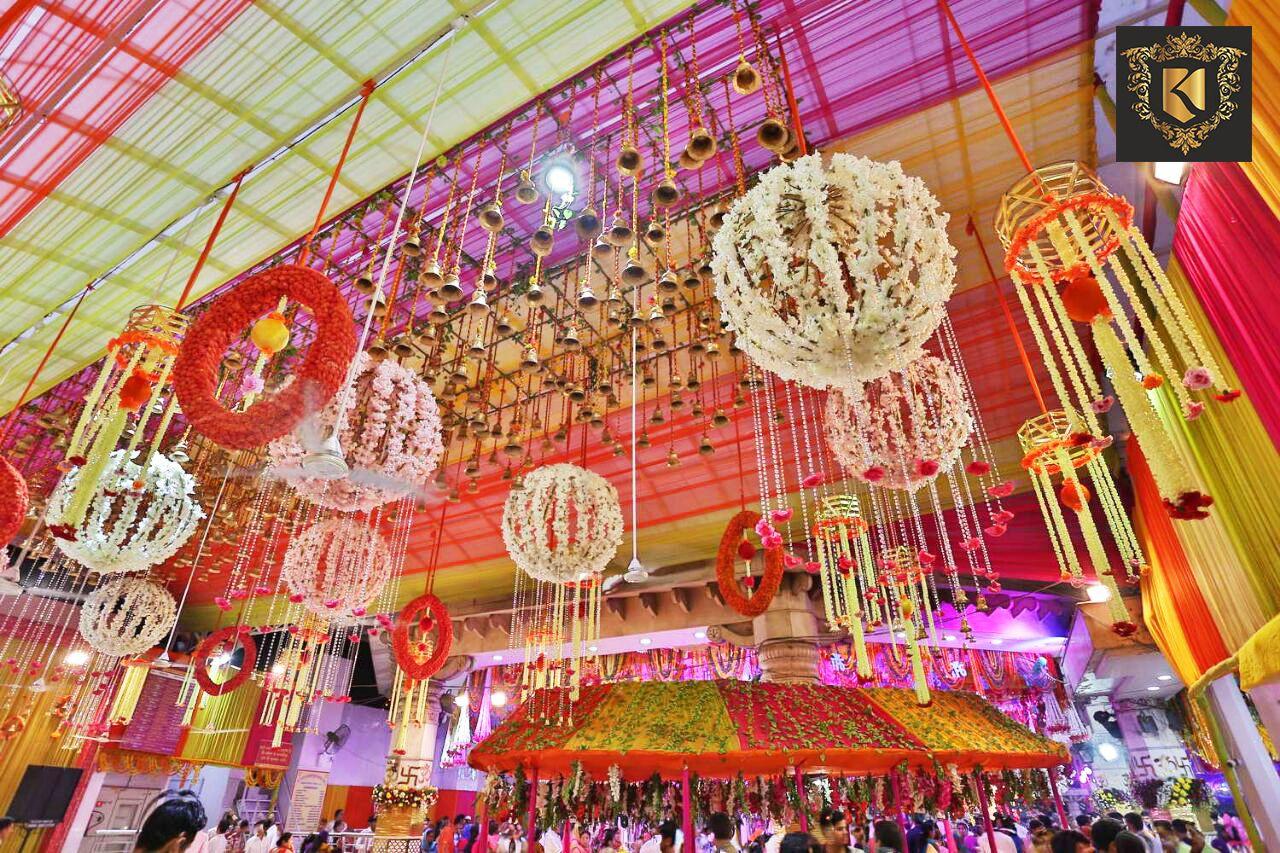 Navratri Decoration Of Flowers And Lights At Jhandewalan