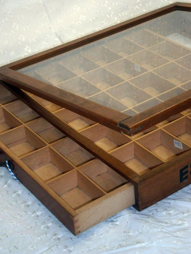 vitrinen schauk sten antiquit t n hgarnaufbewahrung aus holz schmuck selbst machen. Black Bedroom Furniture Sets. Home Design Ideas