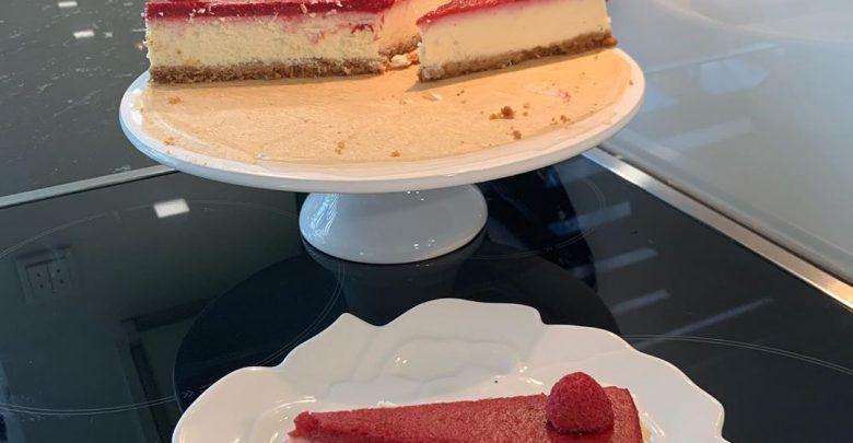 تشيز كيك الفراولة Food Desserts Pastry