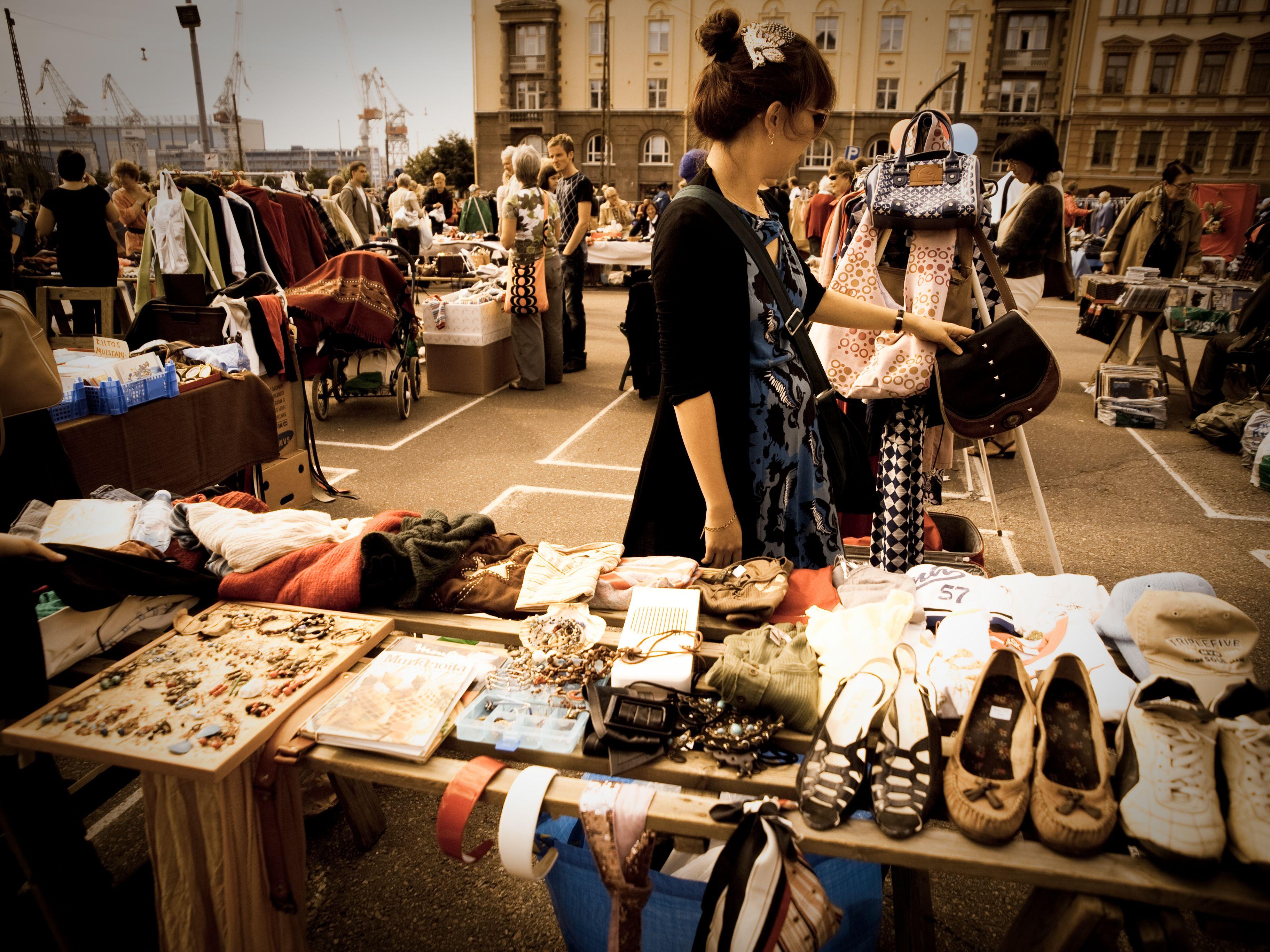 Craigslist 101 How To Buy Successfully Andrea Dekker Second Hand Shop Flea Market Fleas