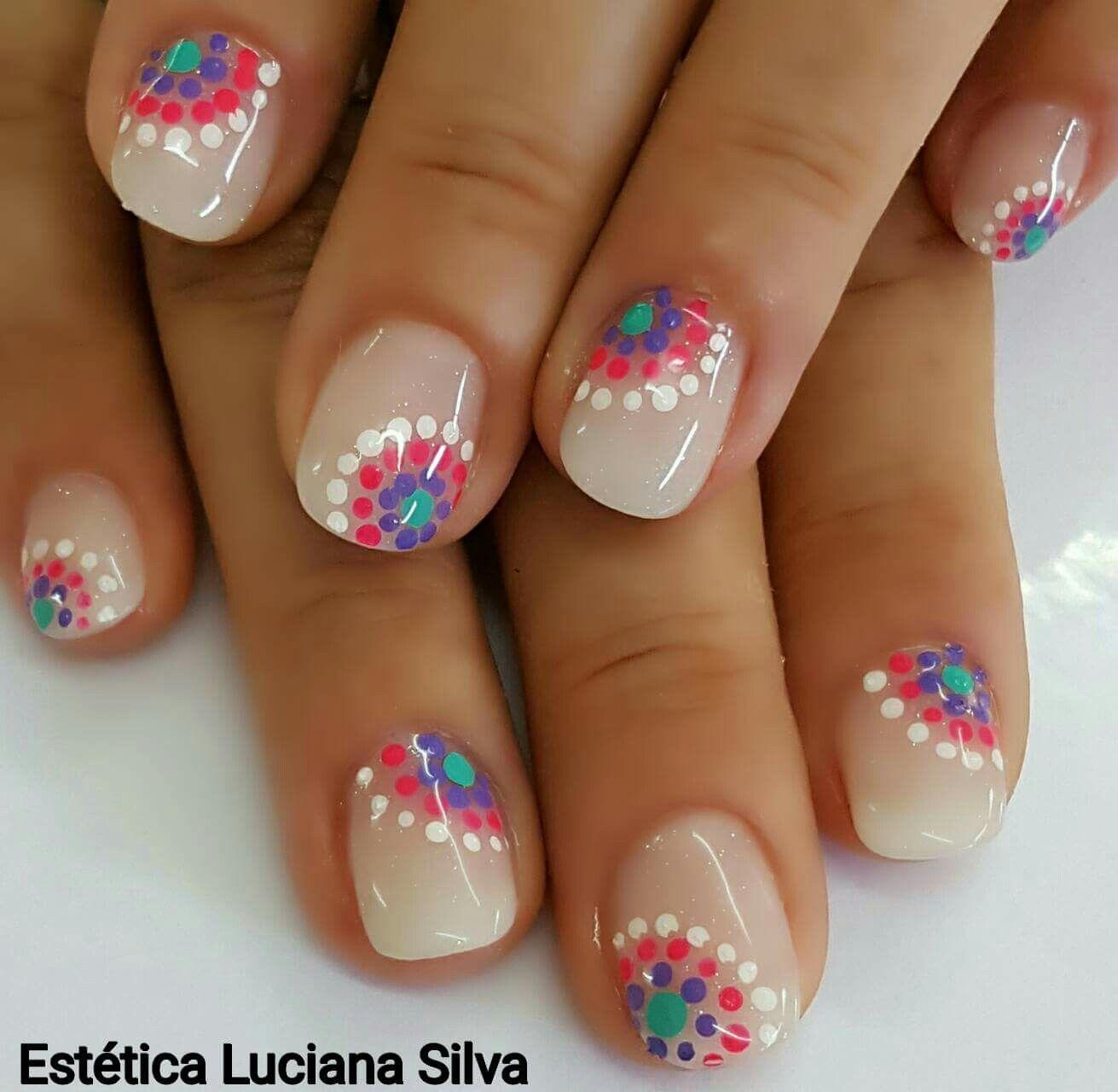 Círculo punteado beauty pinterest manicure kid nail art and