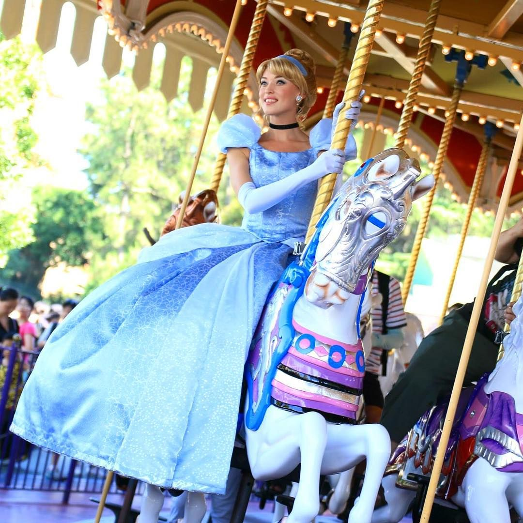Cinderella On Her Horse In The Carousel!!
