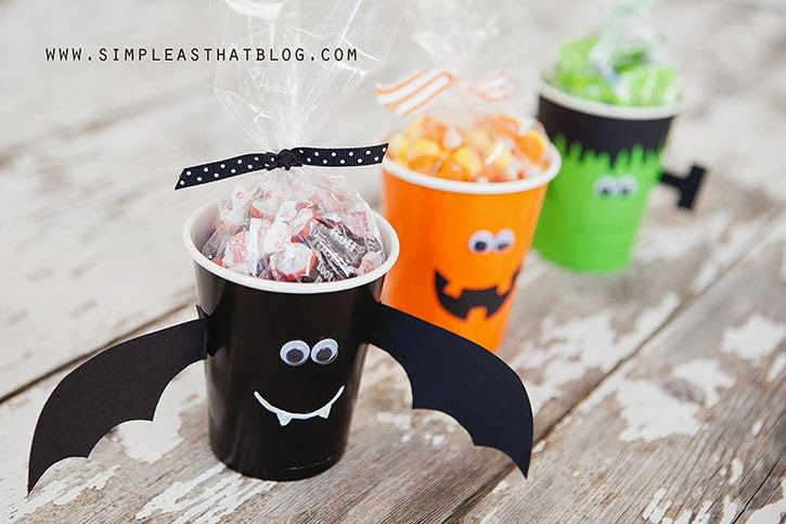 Simple Christmas Treat Cups Holidays, Halloween ideas and - halloween ideas party