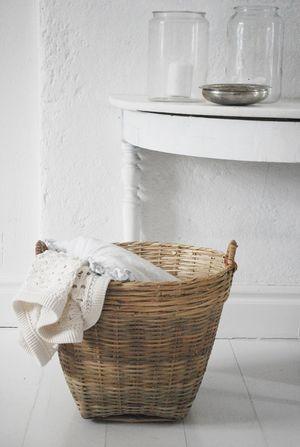 I just love those baskets! From Tine K - Julias Vita Drömmar