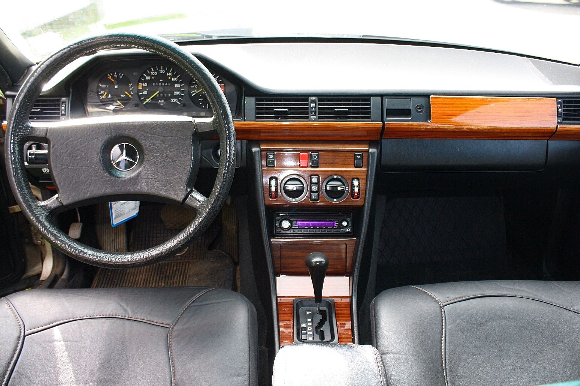 Mercedes Benz 230e Interior Dashboard Mercedes Benz Mercedes