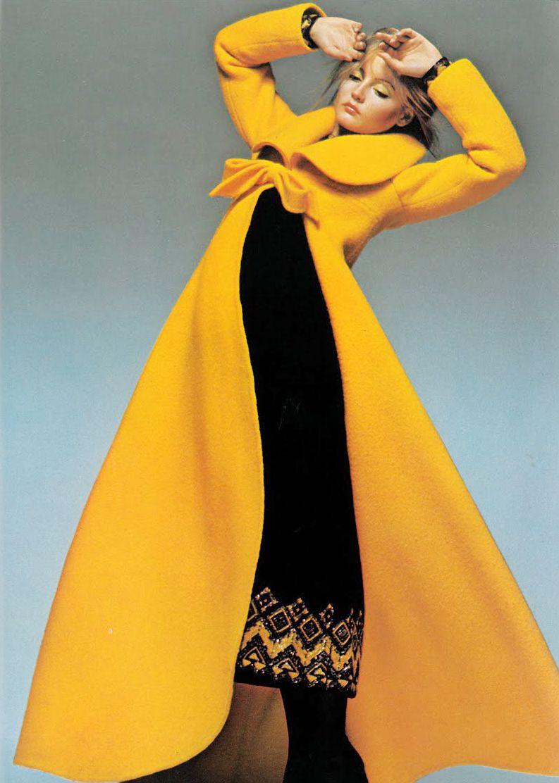 September 1970 - UK Vogue Leonard velvet coat 70s yellow long bow fashion style vintage