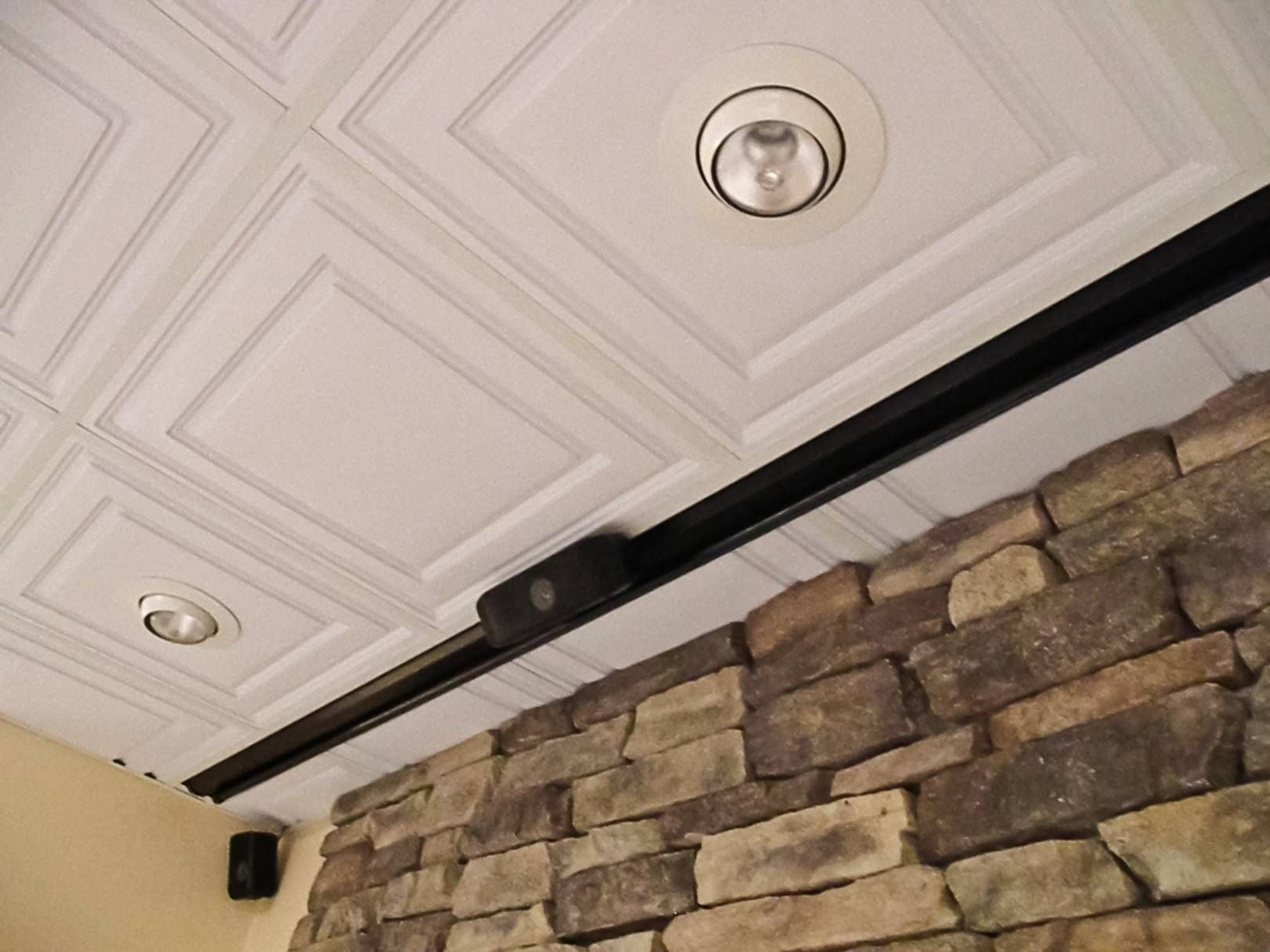 Cutting holes in suspended ceiling tiles gradschoolfairs how to cut holes in drop ceiling tiles www gradschoolfairs com dailygadgetfo Images