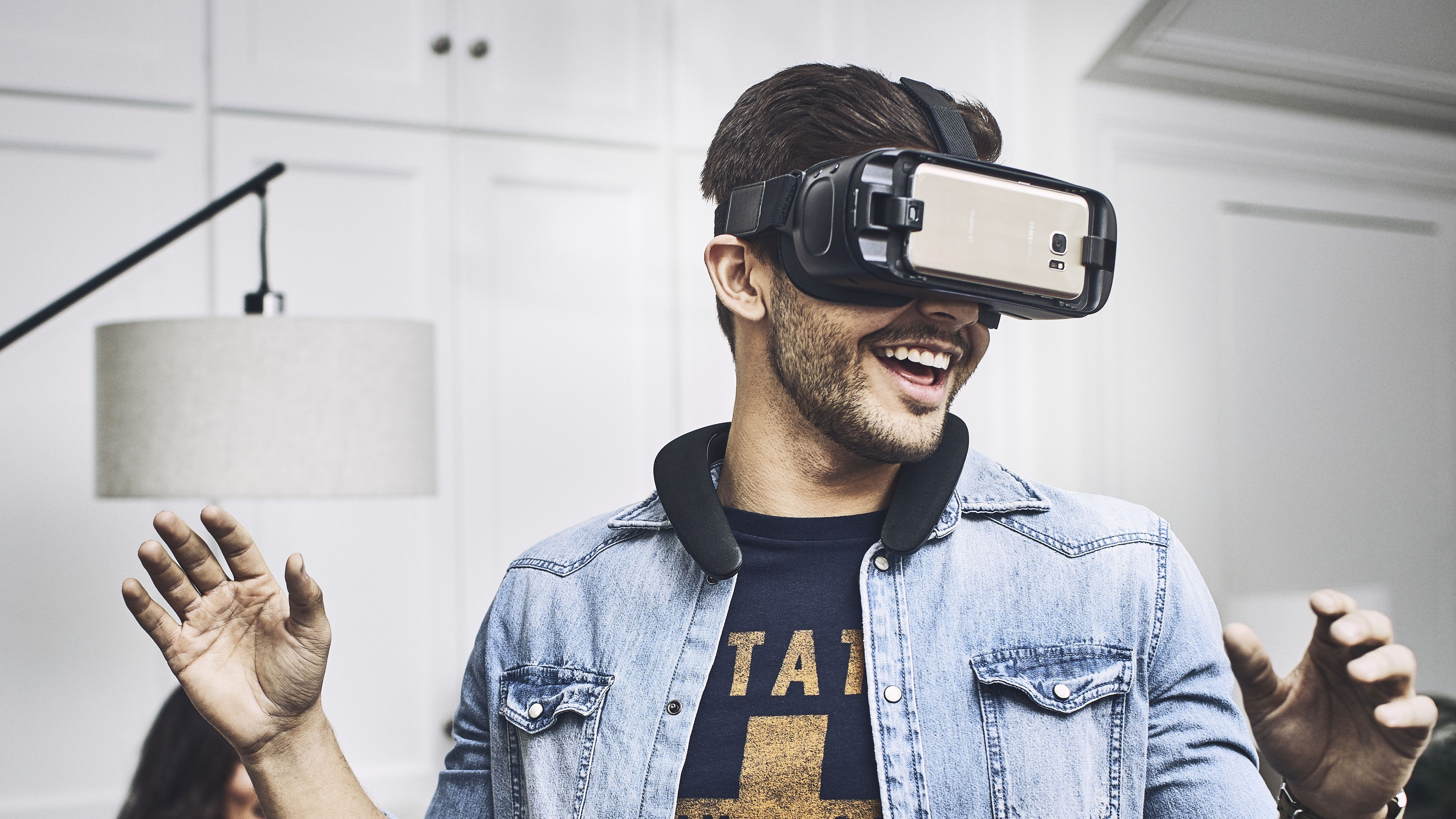 How Mobile Virtual Reality Is Set To Take Over With Gigabit Lte