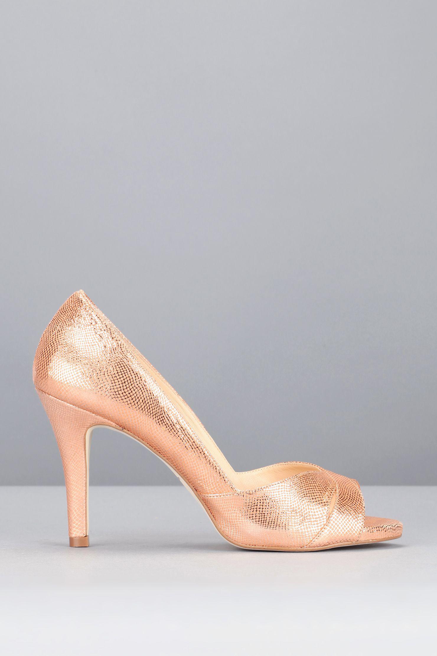 230fc5e530480b Escarpins corail velours laminés | Les Chaussures du jour J ...