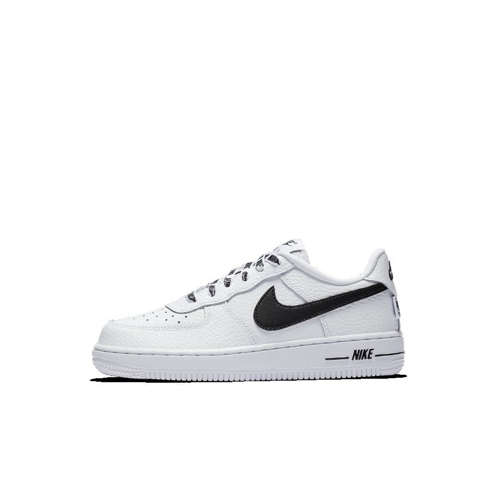 Nike Air Force 1 LV8 NBA Little Kids' Shoe Size 13.5C (White