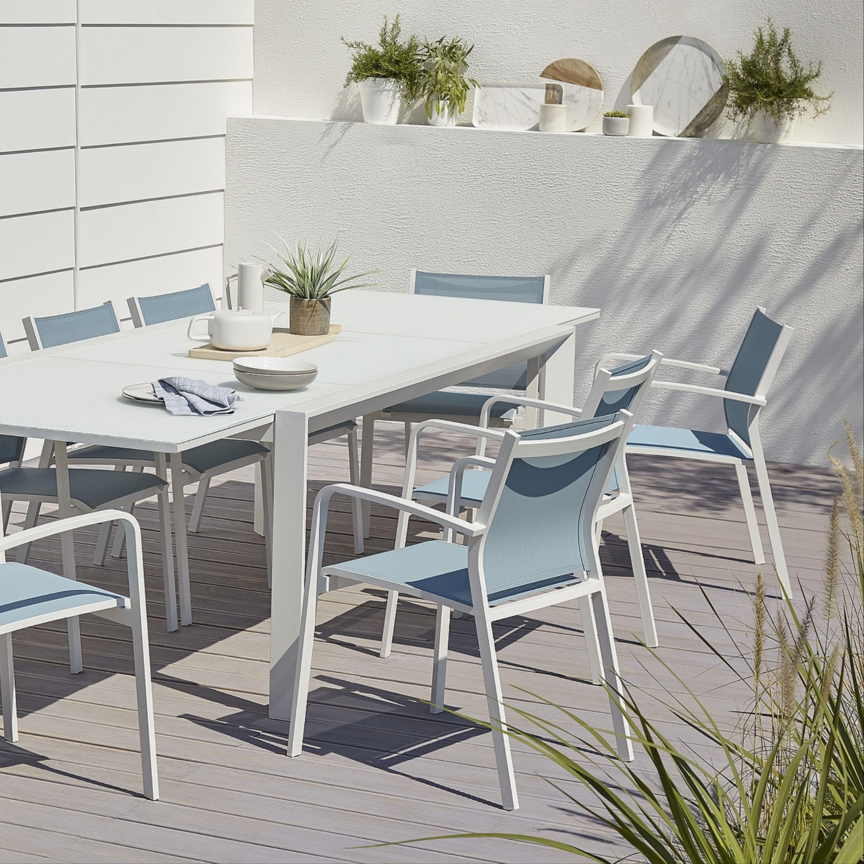 Table De Jardin En Aluminium Et Verre Bacopia Blanche 200 300 X 100 Cm En 2020 Salon De Jardin Castorama Table De Jardin Fauteuil Jardin