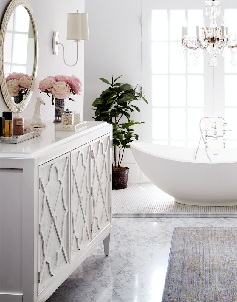 Love this romantic and feminine master bath design. | INSPIRE ...