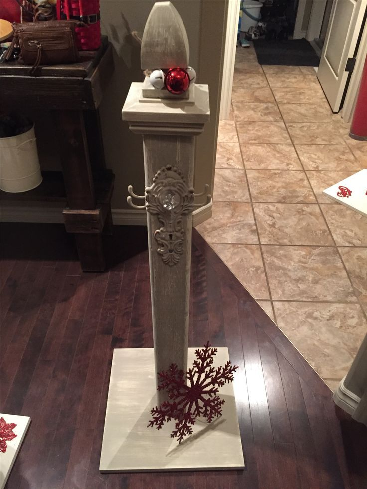 Wreath or sign holder wooden stand for front porch