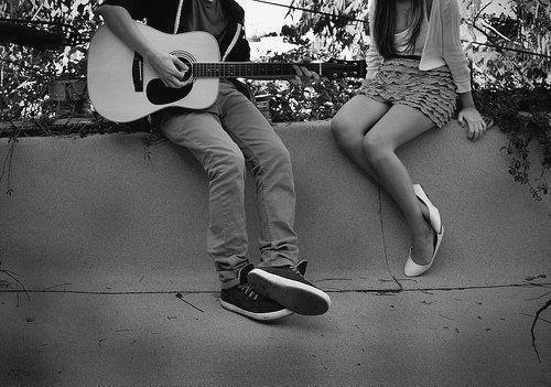 Chłopak Z Gitarą O Miłości Mezzek Moments Strona