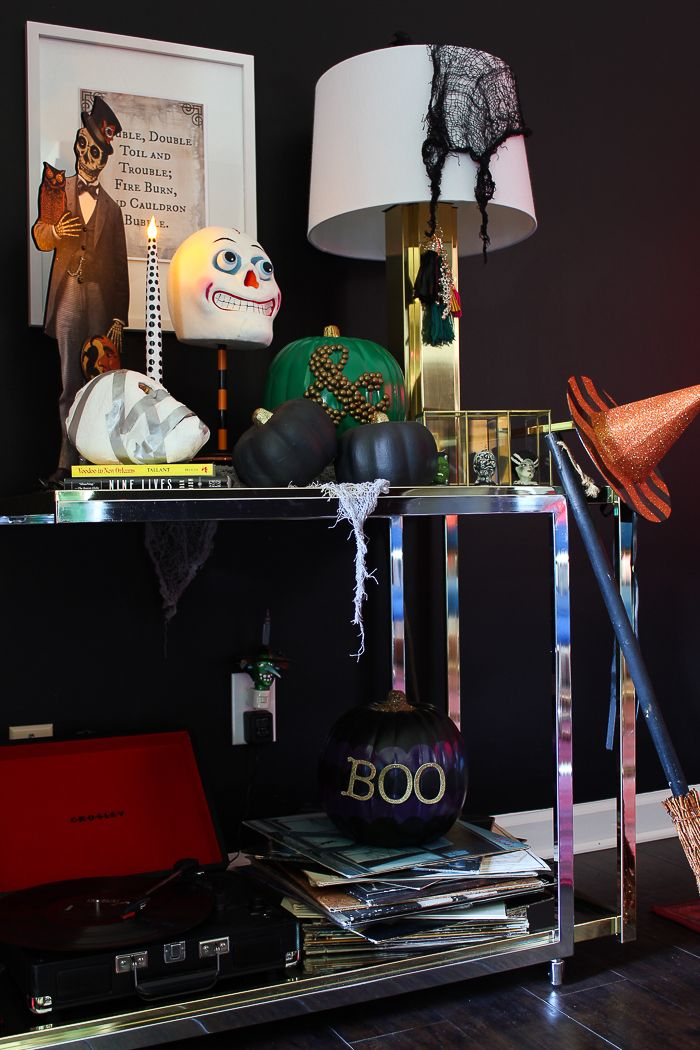 Spooky Halloween Home Tour Decoration, Spooky halloween and