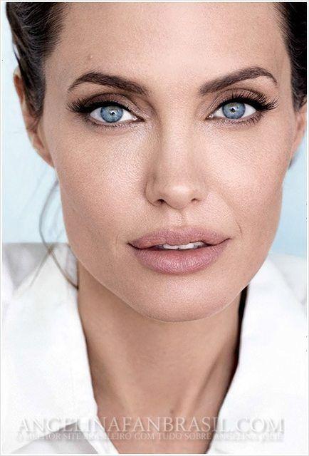 Angelina Jolie Page 16 The Fashion Spot Angelina Jolie Makeup Angelina Jolie Angelina Jolie Photos