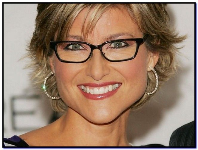 Short Haircuts For Over 50 With Glasses