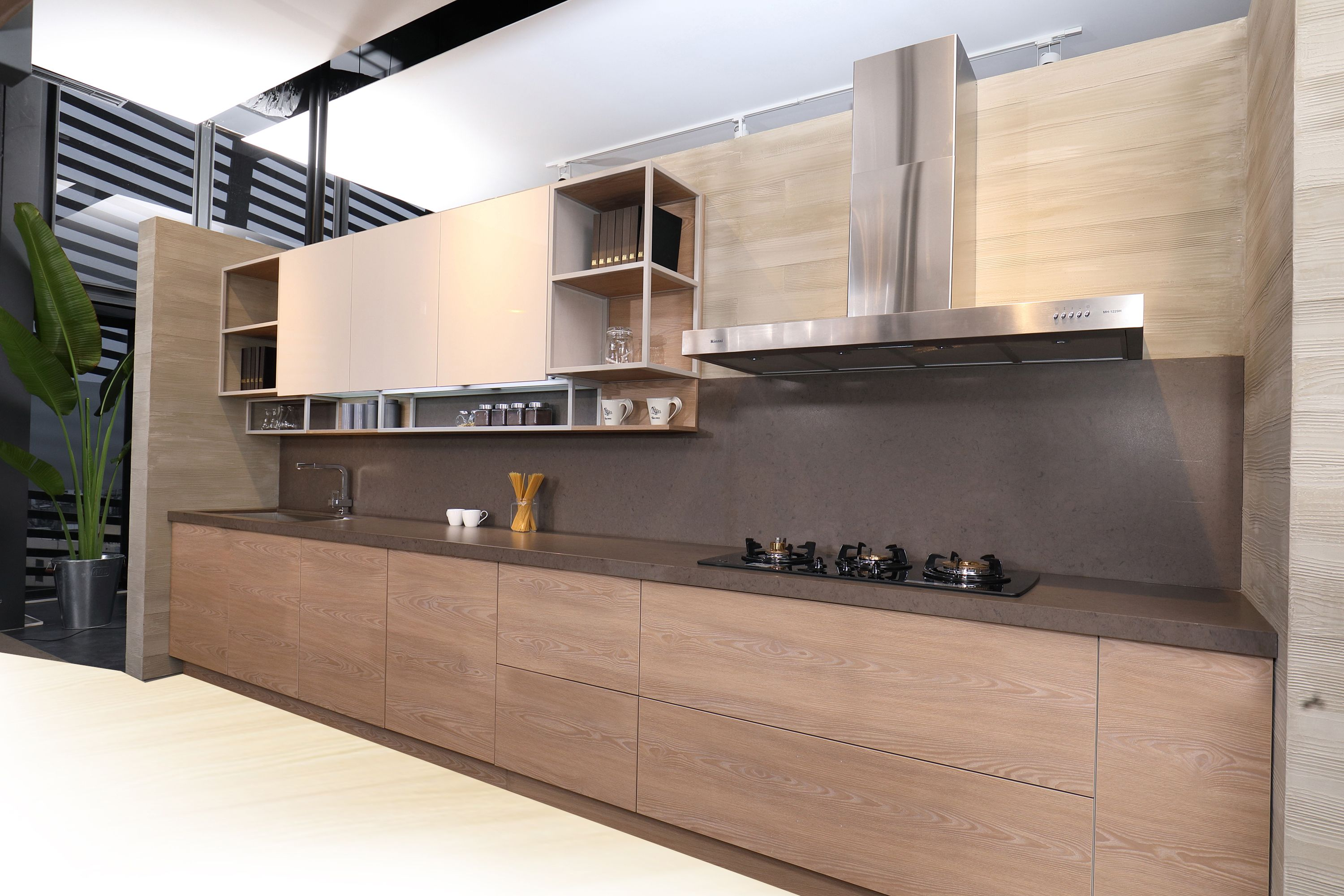 Contemporary European Kitchen Made Possible By The King Slide Simlead System European Kitchens Soft Close Drawer Slides Drawer Slides