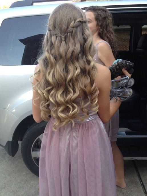 Blonde curls with a waterfall braid connecting both sides, very sweet and youthful | Simple prom ...