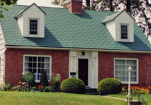 Green Aluminum Shingled Roof Green Roof House House Roof Shingle House