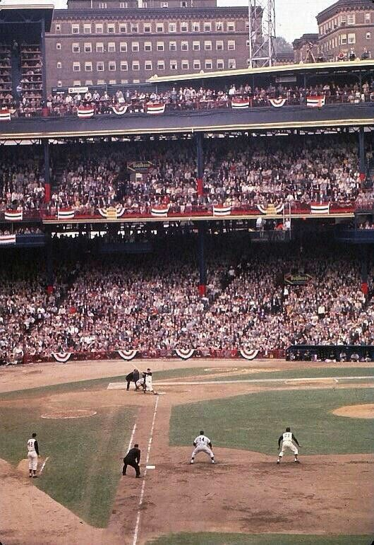 Roberto Clemente On Base In This Rare Color Shot From The 1960 World Series At Forbes Field Just A Forbes Field Pittsburgh Pirates Baseball 1960 World Series