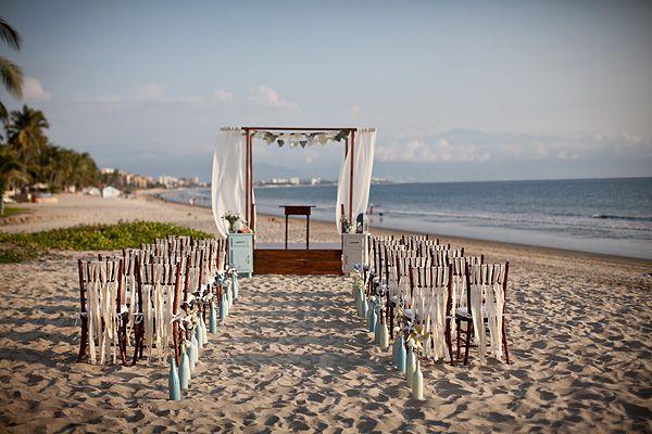 Vintage Beach Wedding Ceremony: Mexican Beach Wedding