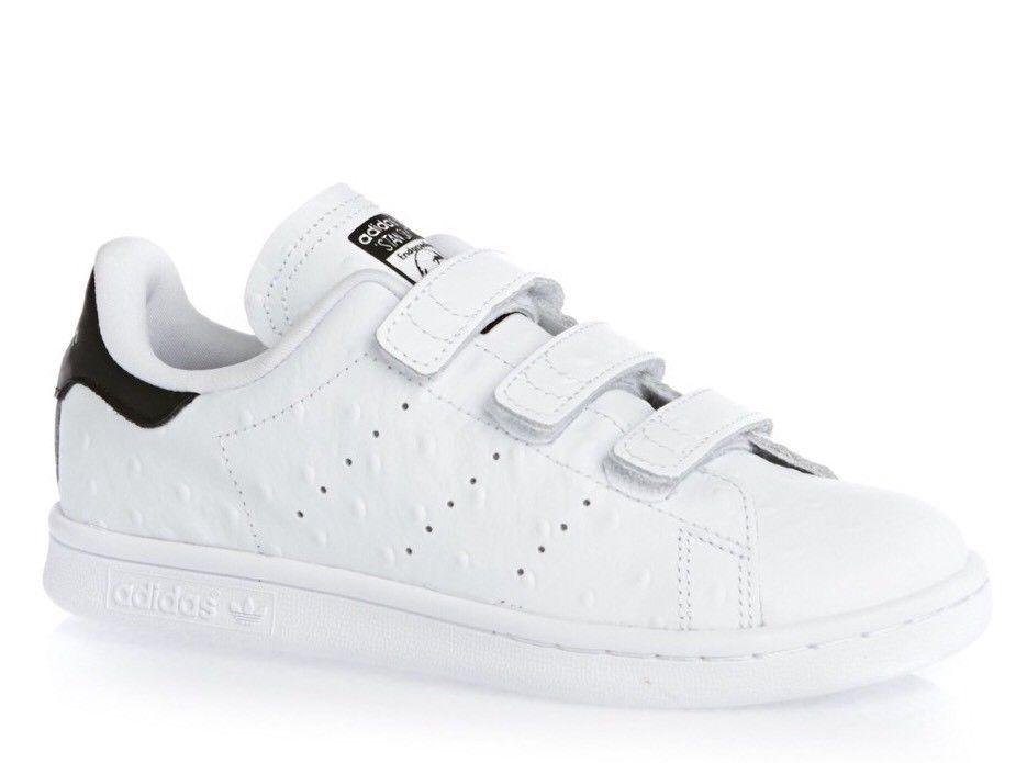 8fbcf7b5ebd5e2 Junior boys girls adidas Stan Smith CF C leather White   Black Trainers  S78754