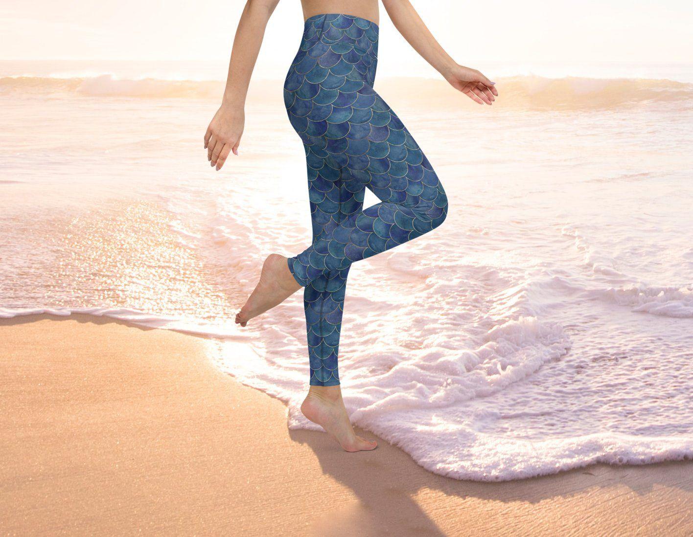 Mermaid scales yoga leggings. - L