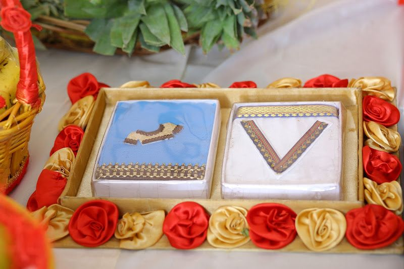 6 veshti and saree miniatures engagement pinterest for Aarti dish decoration