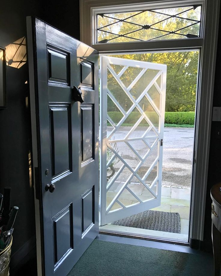 Screen Door Pattern White On Top Of Dark Door Tom Samet We Are Want To Say Thanks If You Like To Share Thi Metal Screen Doors Wooden Screen Door Door Design