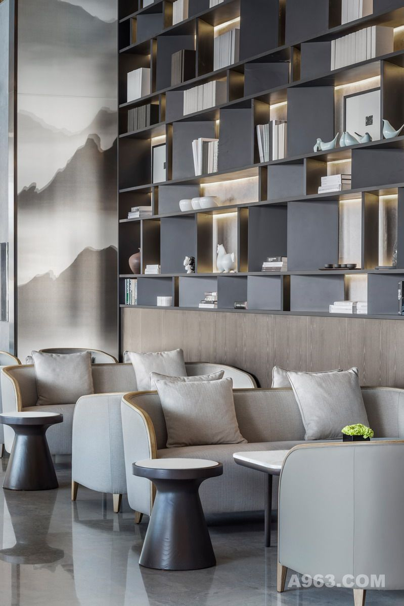 Glamorous And Exciting Restaurant Decor See More Luxurious Interior