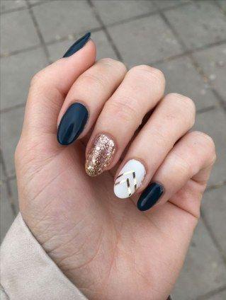 757c2b0a4 Winter nails  diseño de uñas para este invierno en 2019