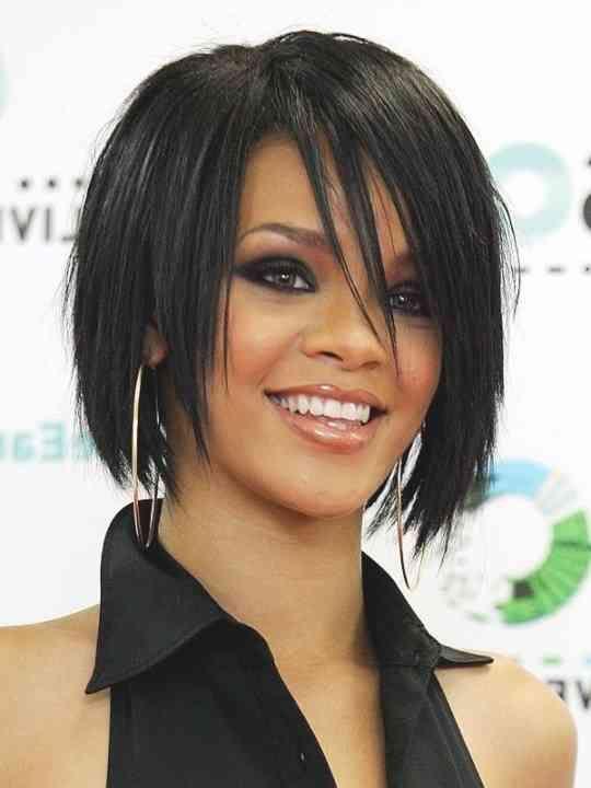 22 Ja Wirklich Bilder Of Rihanna Frisur Kurz Bilder Frisur Kurz Rihanna Wirklich Tagli Di Capelli Capelli Colorati Capelli