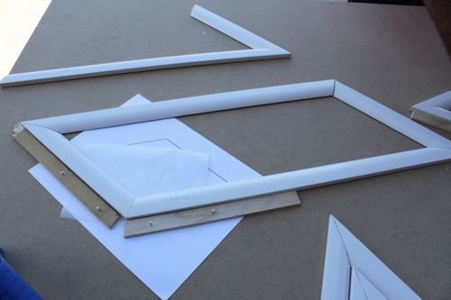 Amazing Idea For Making Picture Frame Molding On Stairs Easy For