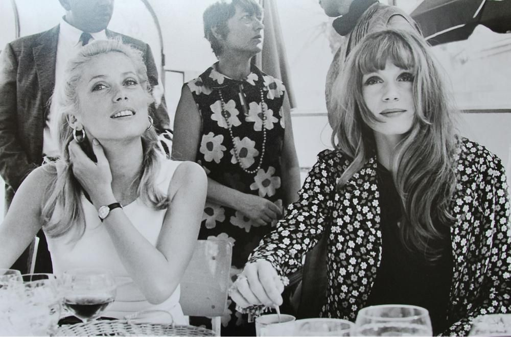 GREAT ACTOR RETRO:  Catherine Deneuve & her elder sister, Francoise Dorleac, at Cannes.
