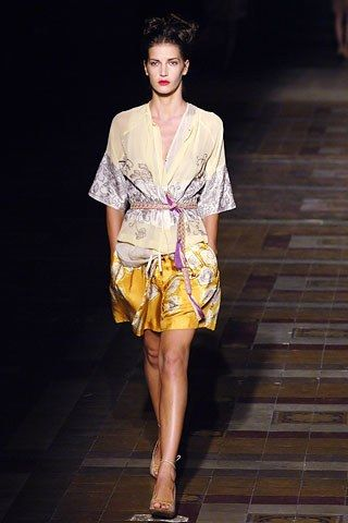 A look back at Dries Van Noten's spring summer 2006 has reignited the fashion flame for me.