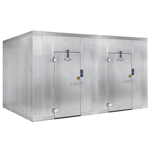 American Panel Corporation 10x20 O 7 6 Walk In Combination Cooler Freezer Foodservicewarehouse Com Locker Storage Paneling Storage