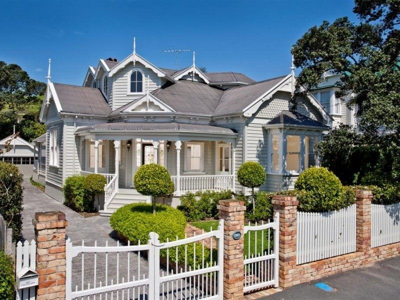 5 Bedroom Homes For Sale Near Me