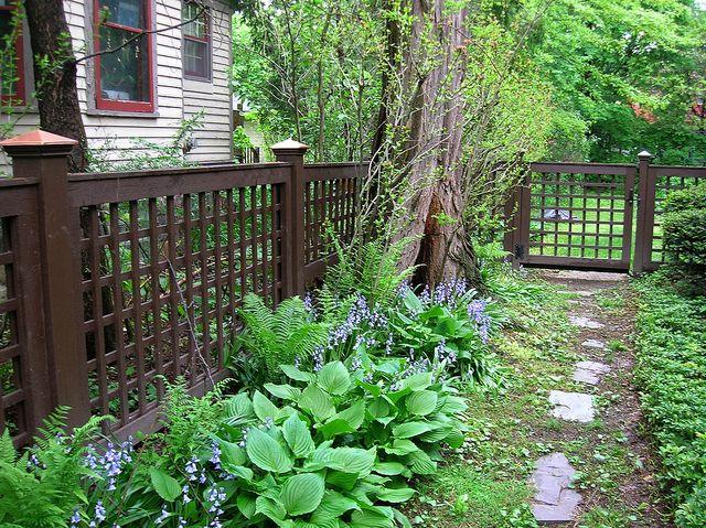 Square Lattice Fence Lattice Garden Fence Design Backyard Fences
