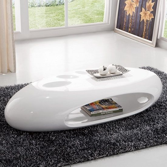Strada Curved High Gloss Coffee Table In White Makeup