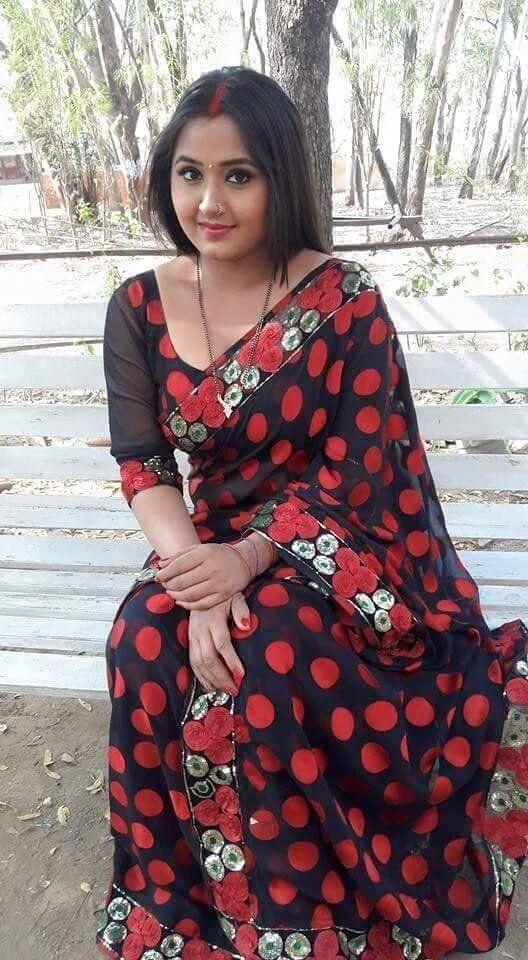 Young Marathi Bhabhi Aunts Hot Cleavage
