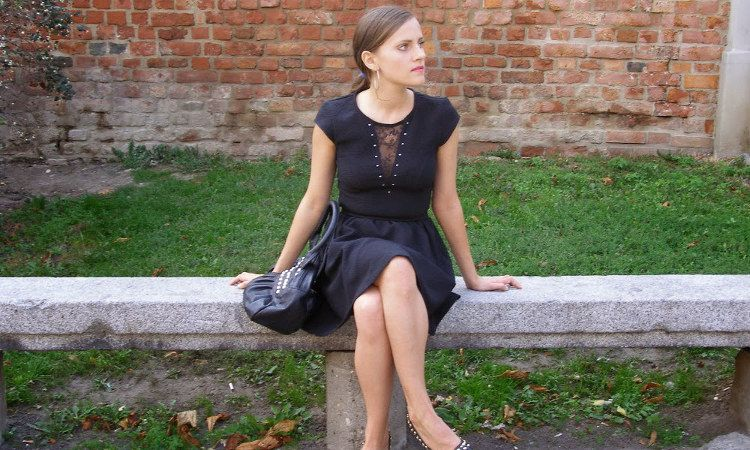 Czarna Sukienka Z Koronka Hm Dress Black Dress Dresses